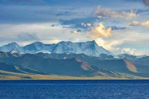 西藏冬天适合旅游吗 夏天去西藏好还是冬天去西藏好